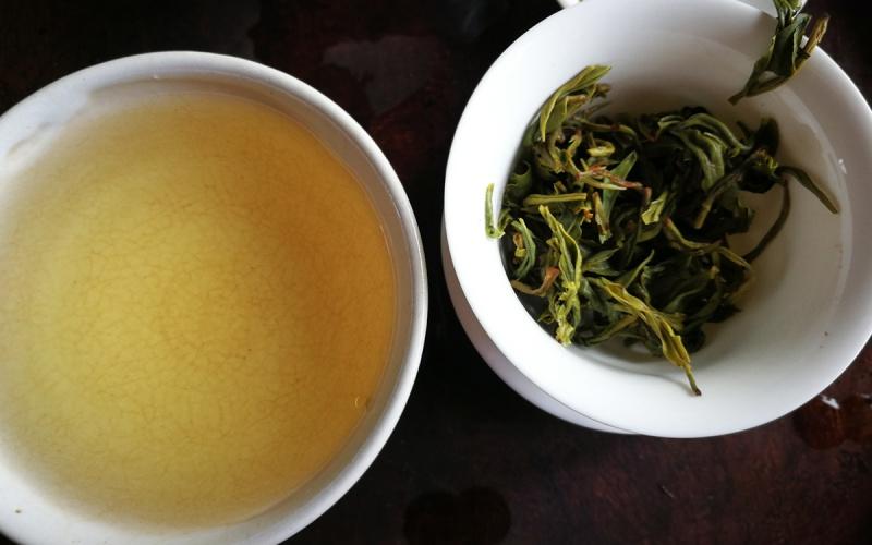 early spring yunnan green tea 2021